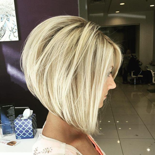 Medium Length Bobs Within Latest Cute Inverted Bob Hairstyles For Beautiful Women (View 8 of 15)