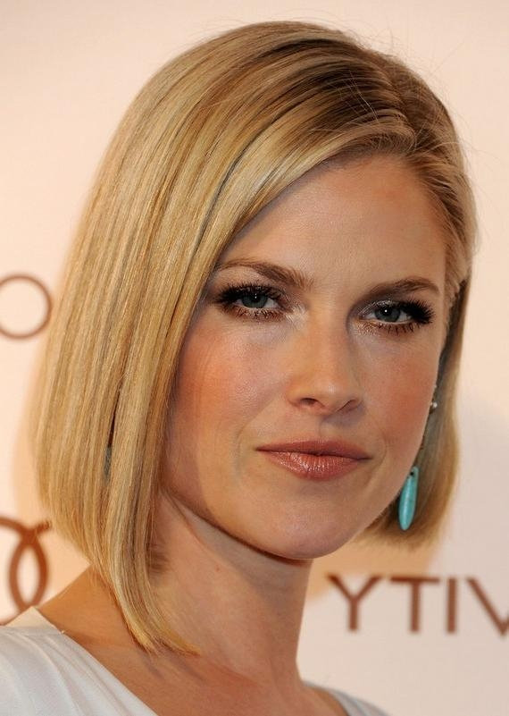Most Popular Ali Larter Bob Hairstyles Throughout Ali Larter Haircut: Short Straight Angled Bob Haircut For  (View 8 of 15)
