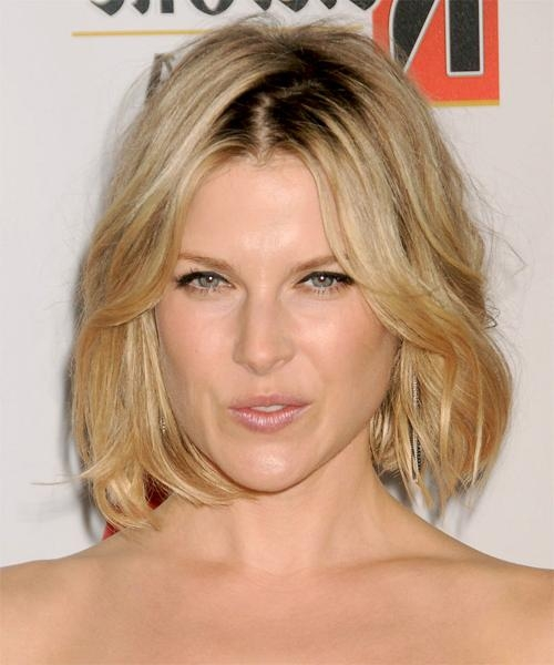 Most Recently Released Ali Larter Bob Hairstyles In Ali Larter Medium Straight Casual Bob Hairstyle – Medium Blonde (View 9 of 15)