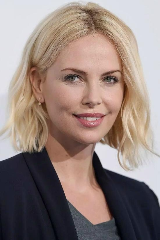 Popular Charlize Theron Bob Hairstyles For Top 25+ Best Charlize Theron Hairstyles (View 11 of 15)