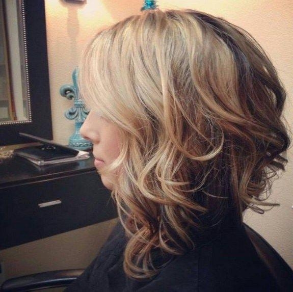 Recent Medium Length Curly Bob Hairstyles Regarding Best 25+ Medium Curly Bob Ideas On Pinterest (View 13 of 15)