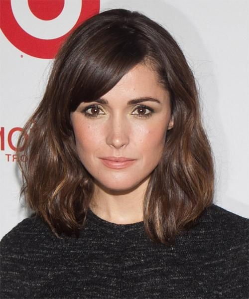Rose Byrne Medium Straight Casual Bob Hairstyle With Side Swept Pertaining To Well Known Rose Byrne Bob Hairstyles (View 11 of 15)