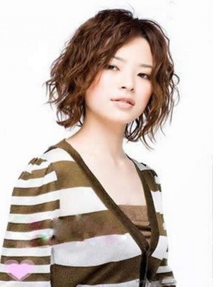 Short Curly Shag Hairstyles For Korean Girls With Short Curly Shag Hairstyles For Korean Girls (View 11 of 15)