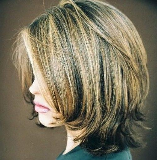 Featured Photo of Medium Length Layered Bob Hairstyles