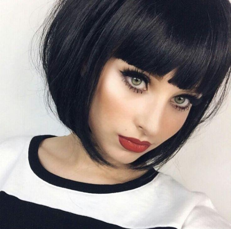 Short Throughout Most Popular Inverted Bob Hairstyles With Blunt Bangs (View 11 of 15)
