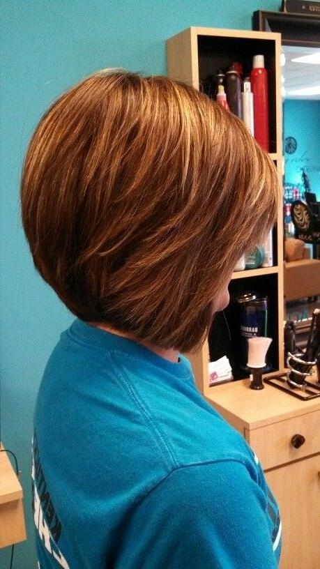 Stacked Bob Hairstyles For Round Faces – Popular Haircuts For Most Recently Released Inverted Bob Hairstyles For Round Faces (View 12 of 15)