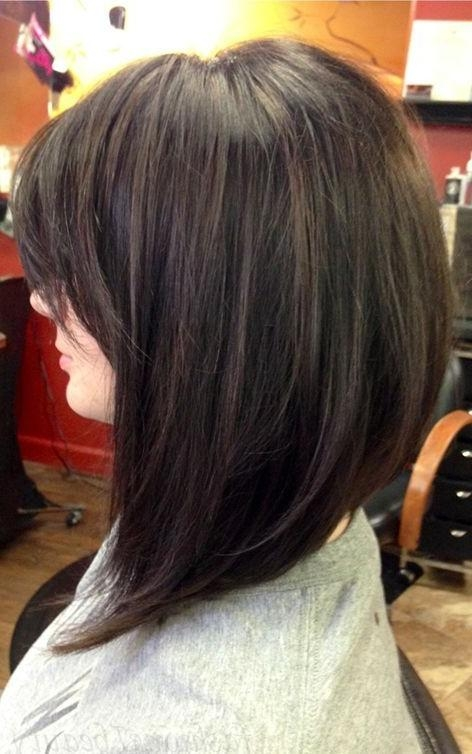 Trendy Medium Length Inverted Bob Hairstyles Throughout Best 25+ Medium Inverted Bob Ideas On Pinterest (View 14 of 15)