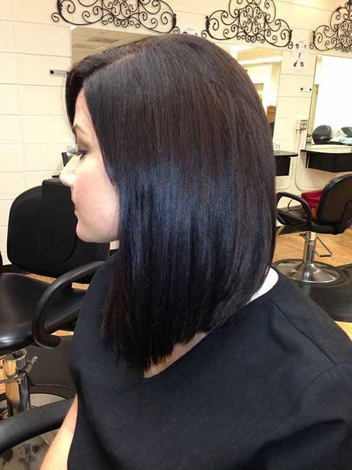 20+ Inverted Bob Haircuts (View 2 of 15)