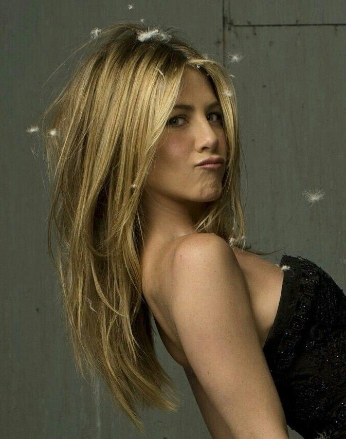 2017 Jennifer Aniston Long Haircuts Pertaining To Best 25+ Jennifer Aniston Hair Ideas On Pinterest | Jennifer (View 13 of 15)