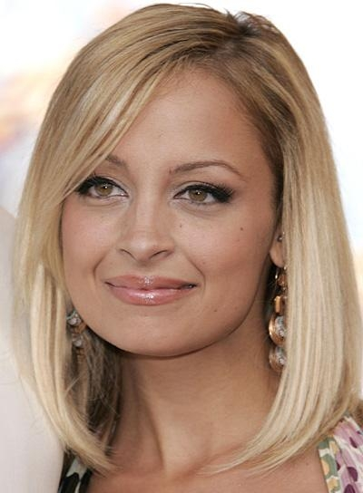 2017 Nicole Richie Shoulder Length Bob Hairstyles For Medium Bobs With Bangs – Beauty Riot (View 5 of 15)