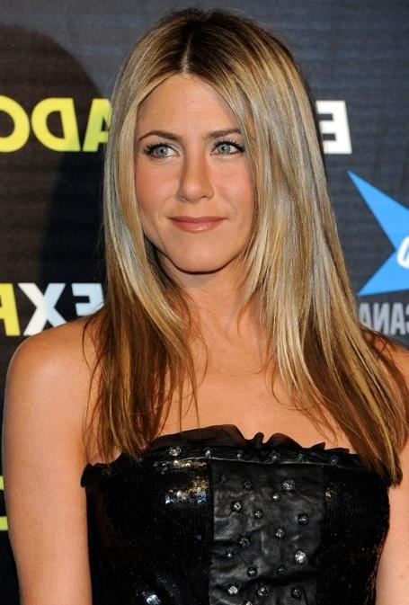 2018 Jennifer Aniston Long Haircuts Within Jennifer Aniston – Hairstyles Weekly (View 6 of 15)