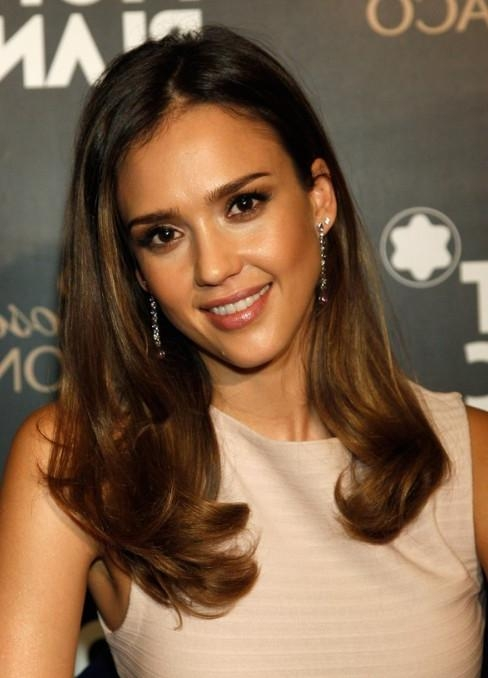 2018 Jessica Alba Long Hairstyles With Regard To Jessica Alba Soft Curls Hairstyle – Popular Haircuts (View 2 of 15)