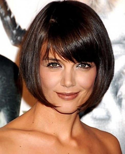 2018 Katie Holmes Short Bob Hairstyles With Regard To Katie Holmes Short Rounded Bob Hairstyle With Side Bangs (View 2 of 15)
