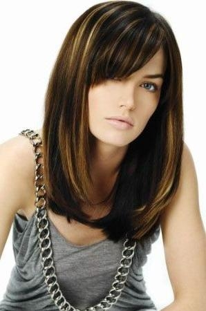 21 Luscious Long Bobs Styling Ideas To Inspire You (View 2 of 15)