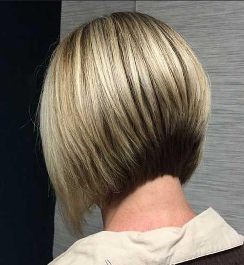25 Short Bob Hairstyles For Women (View 2 of 15)