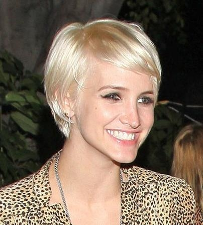 Ashlee Simpson Wentz Short Hairstyle 2013 – Hairstyles Weekly In Popular Ashlee Simpson Graduated Bob Hairstyles (View 7 of 15)