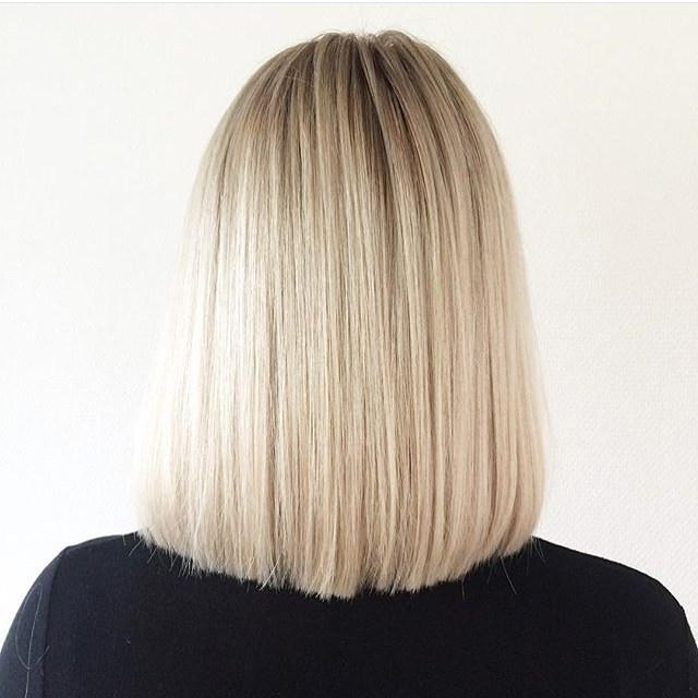 Back View Of Straight Long Bob Lob Hairstyle – Pretty Designs Regarding Most Current Long Bob Hairstyles Back View (View 13 of 15)