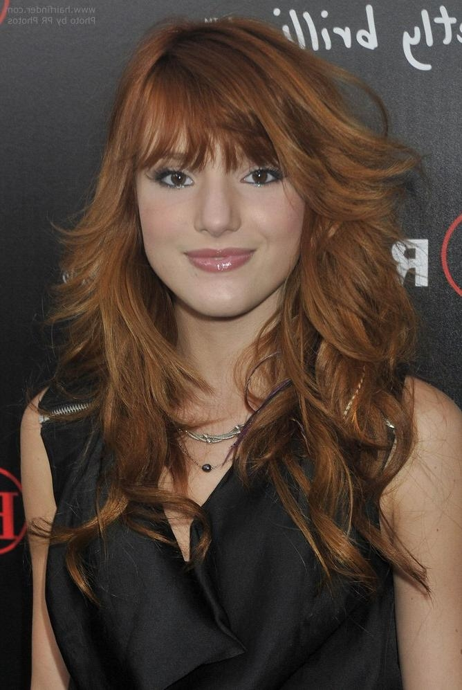 Bella Thorne Sporting A Long Razor Cut Hairstyle Regarding Razor Cut Long Hairstyles (View 2 of 15)