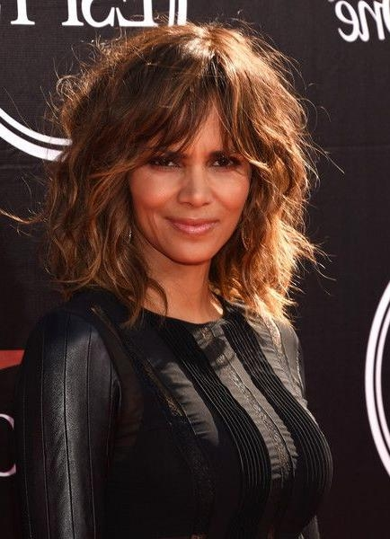Best 25+ Halle Berry Haircut Ideas On Pinterest | Halle Berry In Halle Berry Long Hairstyles (View 2 of 15)