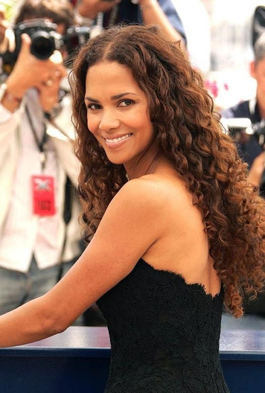 Best 25+ Halle Berry Long Hair Ideas On Pinterest | Short Sassy With Halle Berry Long Hairstyles (View 9 of 15)
