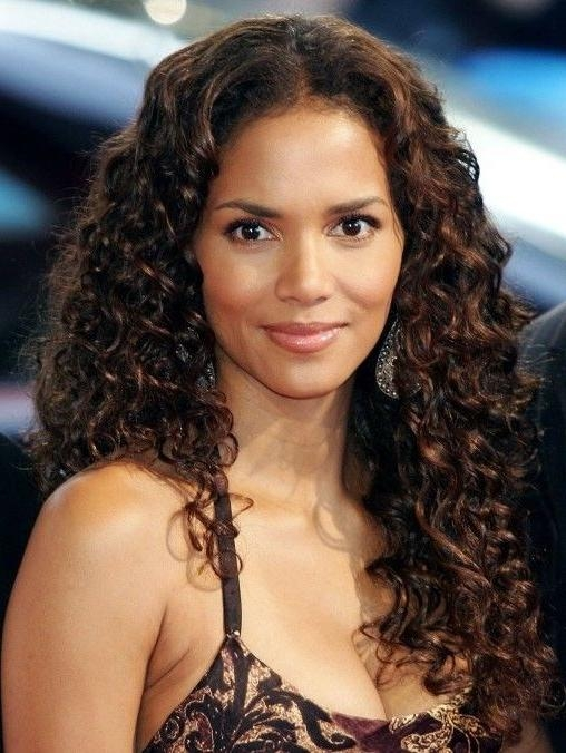 Best 25+ Halle Berry Long Hair Ideas On Pinterest | Short Sassy Within Halle Berry Long Hairstyles (View 2 of 15)