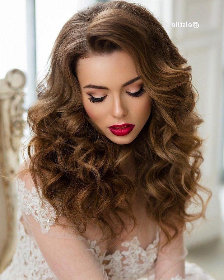 Best And Newest Long Hairstyles For Weddings Hair Down In Best 25+ Hair Down Hairstyles Ideas On Pinterest | Half Up Half (View 4 of 15)