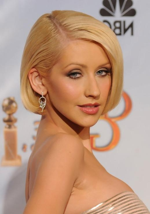 Christina Aguilera Hairstyles – Celebrity Latest Hairstyles 2016 Intended For Most Recent Christina Aguilera Shoulder Length Bob Hairstyles (View 5 of 15)