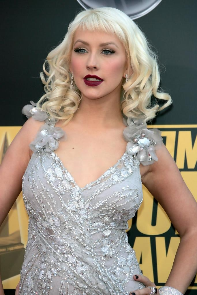 Christina Aguilera Shoulder Length Hairstyles – Christina Aguilera With Regard To Most Up To Date Christina Aguilera Shoulder Length Bob Hairstyles (View 10 of 15)
