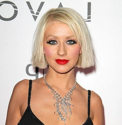 Christina Aguilera's Blunt Chin Length Bob With Deep Side Part Within 2018 Christina Aguilera Shoulder Length Bob Hairstyles (View 12 of 15)