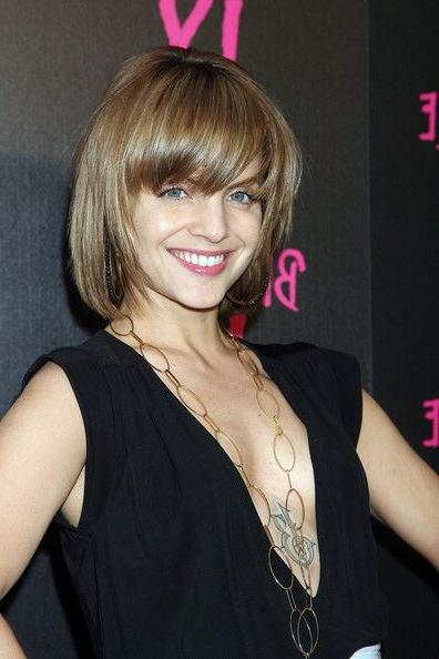 Current Mena Suvari Shoulder Length Bob Hairstyles Regarding 52 Best Mena Images On Pinterest (View 5 of 15)