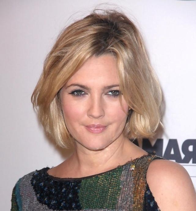 Drew Barrymore Latest Short Hairstyle – Hairstyles Weekly Regarding Most Recent Drew Barrymore Shoulder Length Bob Hairstyles (View 3 of 15)