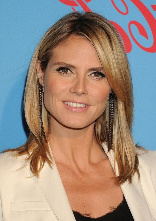 Famous Heidi Klum Shoulder Length Bob Hairstyles Regarding Klum Shoulder Length Layered Hairstyle  (View 5 of 15)