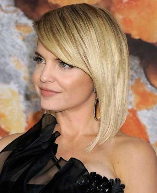 Famous Long Bob Hairstyles With Side Swept Bangs For 15 Latest Long Bob With Side Swept Bangs (View 7 of 15)