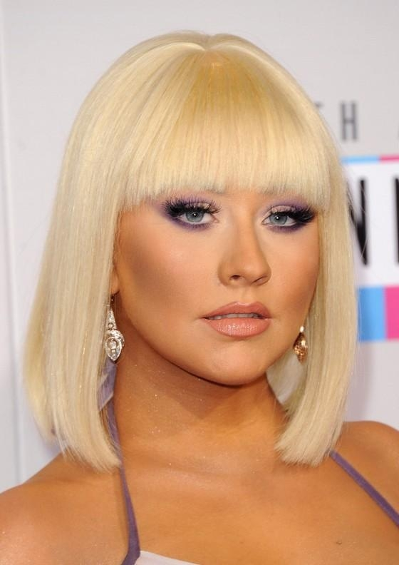 Fashionable Christina Aguilera Shoulder Length Bob Hairstyles Within Christina Aguilera Blonde Blunt Bob Haircut With Blunt Bangs (View 13 of 15)