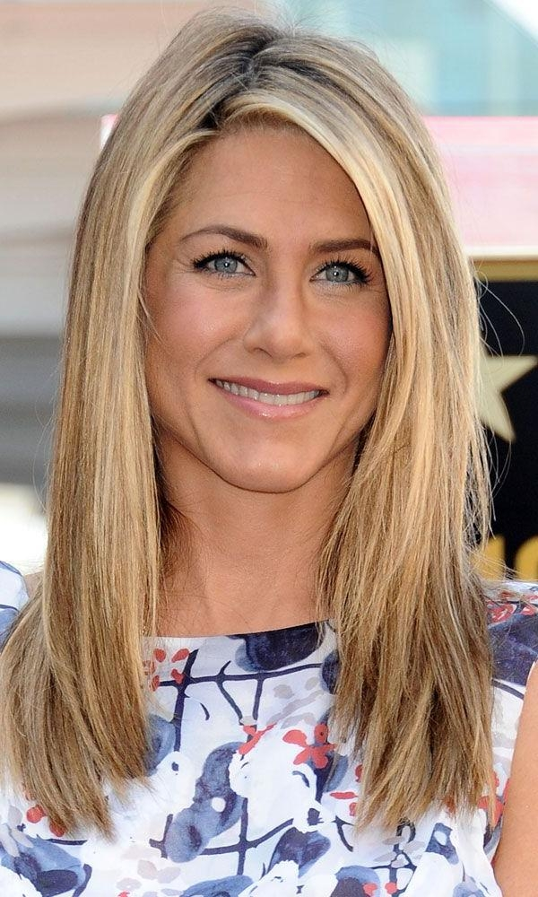 Favorite Jennifer Aniston Long Layered Bob Hairstyles Pertaining To Best 25+ Jennifer Aniston Long Bob Ideas On Pinterest (View 4 of 15)