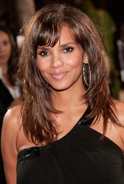 Halle Berry Layered Long Hairstyle With Bangs – Hairstyles Weekly Pertaining To Halle Berry Long Hairstyles (View 9 of 15)