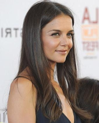 Holmes' Long Straight Hairstyle Within Katie Holmes Long Hairstyles (View 4 of 15)
