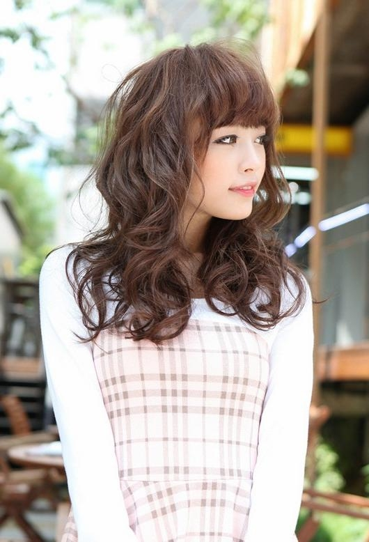 Japanese Hairstyles – Cute Long Red Wavy Hairstyle With Bangs In Japanese Long Hairstyles (View 15 of 15)