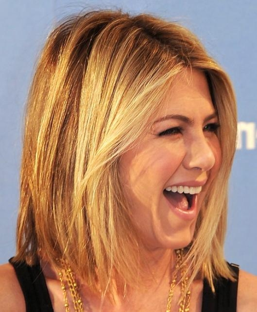 Jennifer Aniston Medium Hairstyles 2012 – Popular Haircuts In Trendy Jennifer Aniston Long Layered Bob Hairstyles (View 9 of 15)