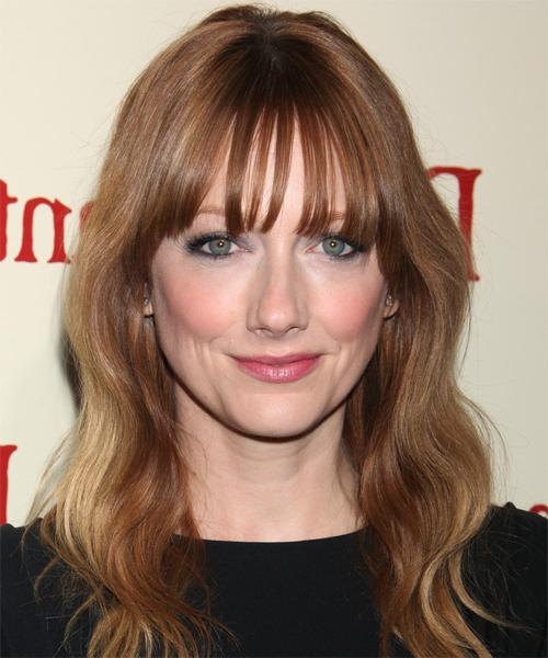 Judy Greer Long Wavy Casual Hairstyle – Light Brunette (Auburn In Fashionable Judy Greer Shoulder Length Bob Hairstyles (View 7 of 15)