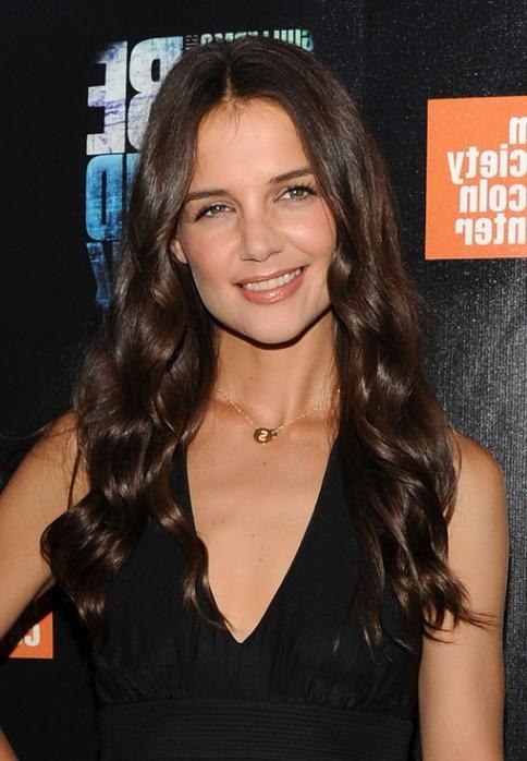 Katie Holmes Loose Curly Hairstyle For Long Hair – Hairstyles Weekly With Katie Holmes Long Hairstyles (Gallery 15 of 15)