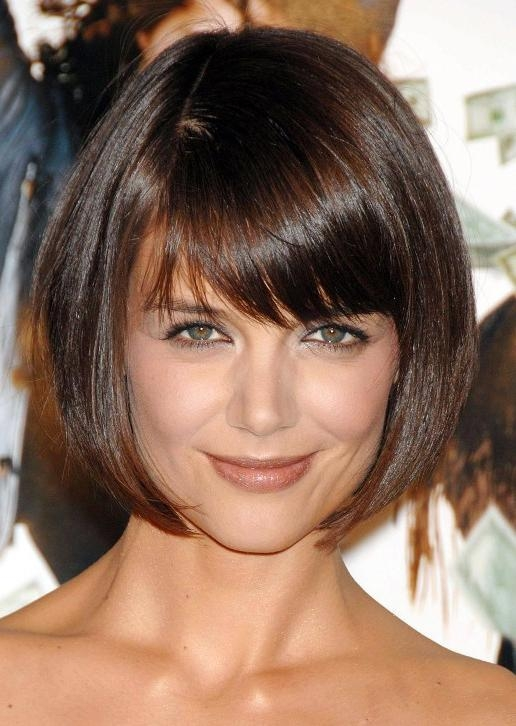Katie Holmes Short Haircut: Cute Box Bob Cut With Bangs With Famous Katie Holmes Short Bob Hairstyles (View 9 of 15)
