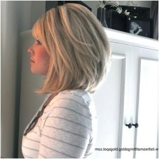 Featured Photo of Medium Bob Hairstyles For Wavy Hair