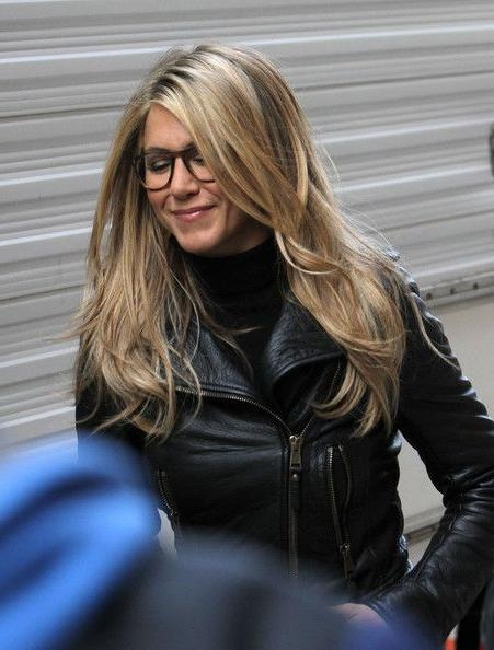More Pics Of Jennifer Aniston Knee High Boots | Jennifer Aniston With Regard To Jennifer Aniston Long Hairstyles (View 11 of 15)