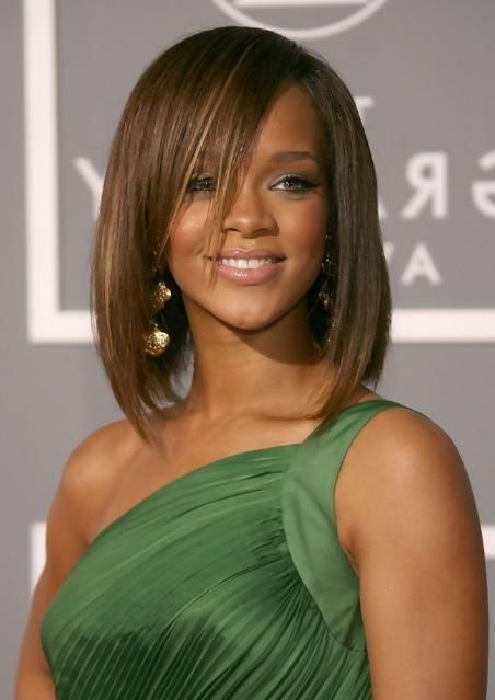 Most Current Rihanna Shoulder Length Bob Hairstyles Throughout Rihanna Medium Length Straight Bob Hairstyle With Bangs (View 7 of 15)