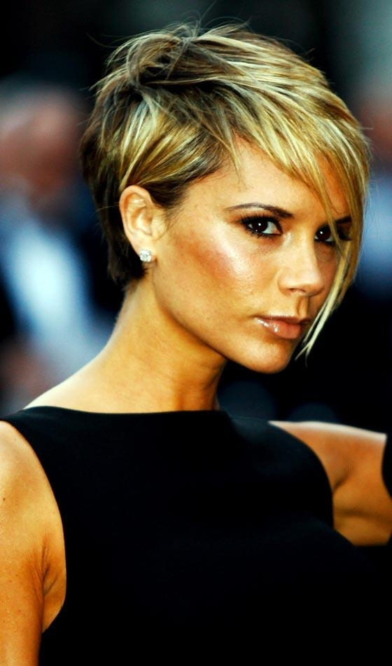 Most Current Victoria Beckham Graduated Choppy Bob Hairstyles Throughout 19 Most Popular Bob Hairstyles In  (View 9 of 15)