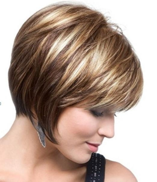 Most Popular Inverted Bob Haircuts For Fine Hair Inside Layered Inverted Bob Haircuts Shoulder Length Inverted Bob Hairstyles (View 11 of 15)