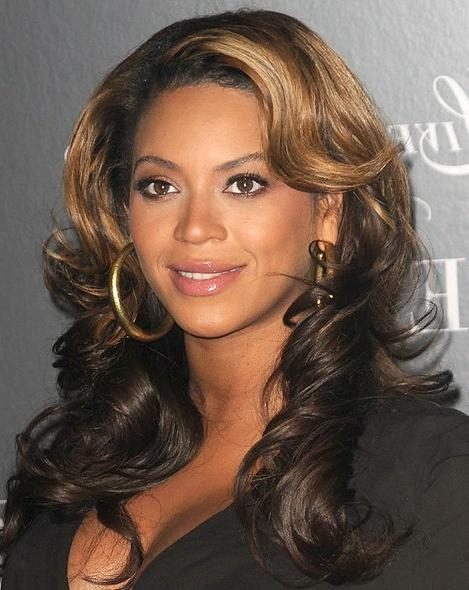 Most Recent Two Tone Long Hairstyles Intended For Beyonce Knowles Layered Two Toned Wavy Hairstyle – Hairstyles Weekly (View 12 of 15)