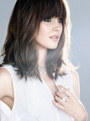 Most Up To Date Chic Long Hairstyles Regarding Photos Of Shoulder Length Blunt Cut Hair | 30 Gorgeously Chic (View 13 of 15)