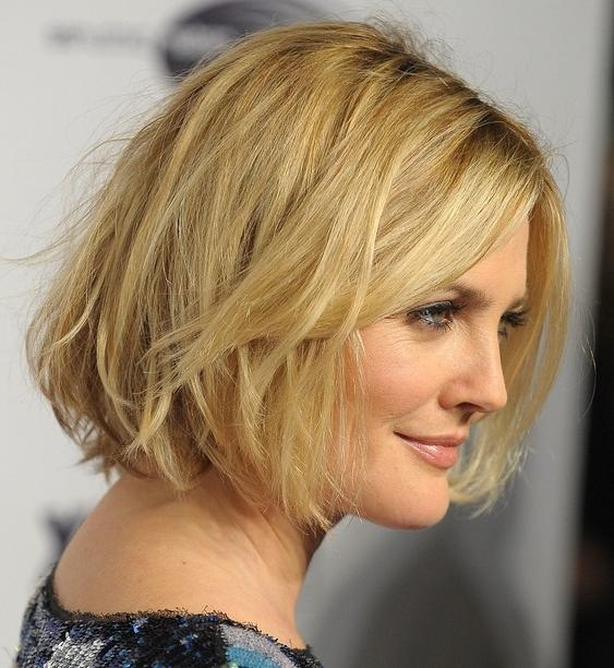 Newest Drew Barrymore Shoulder Length Bob Hairstyles Intended For Latest Hairstyles: Chic Short Messy Wavy Bob Haircut For Women (View 13 of 15)